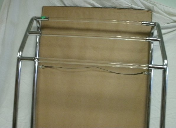 137: VINTAGE GENUINE LUCITE AND METAL TOWEL STAND - 2