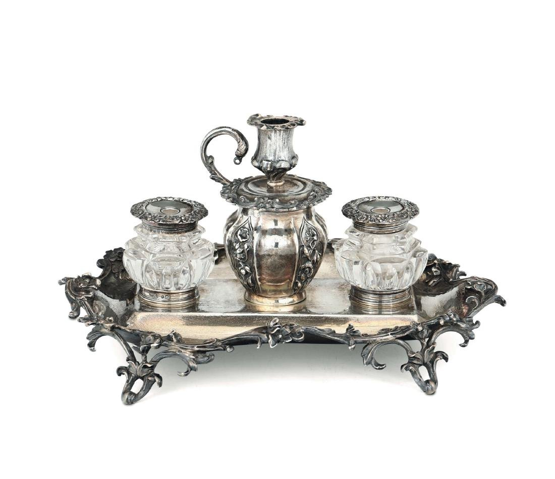 A small inkstand, London 1834, silversmith Chas. Reily