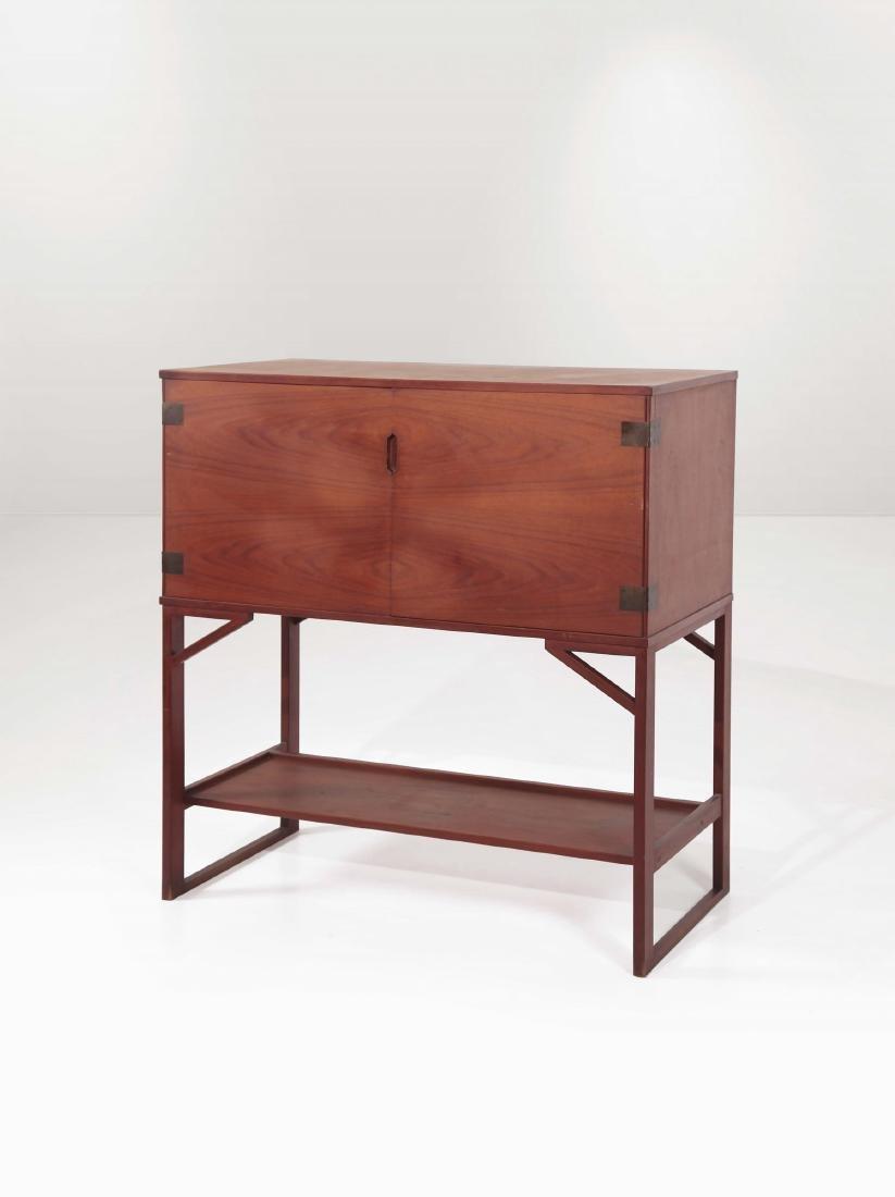 Mobile bar in legno con dettagli in ottone. Prod.