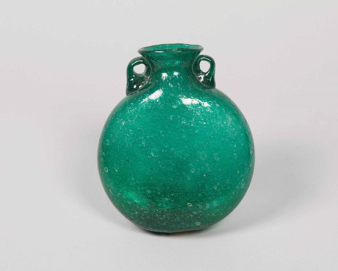 Napoleone Martinuzzi, Murano, 1930 ca. A flask in green