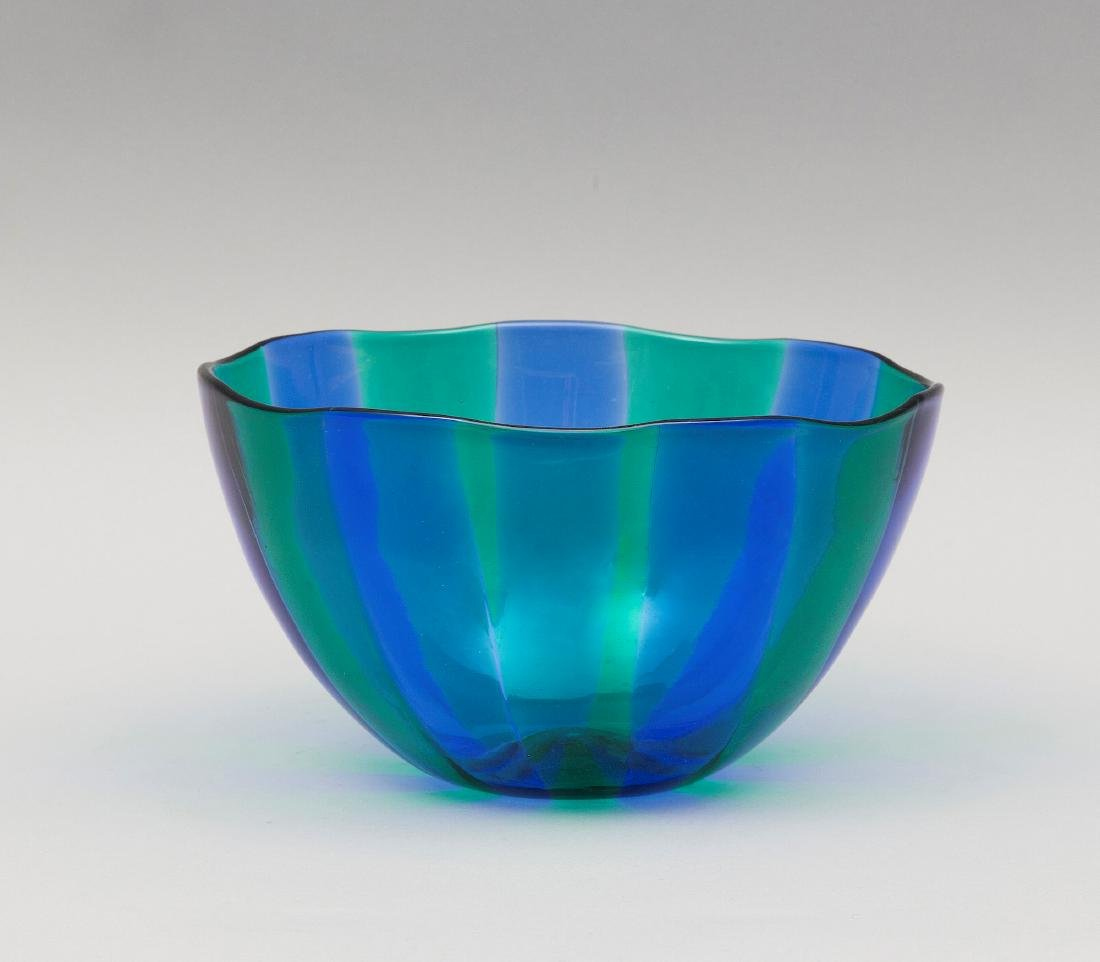 Venini, Murano, 1960 ca. A blown-glass cup with a