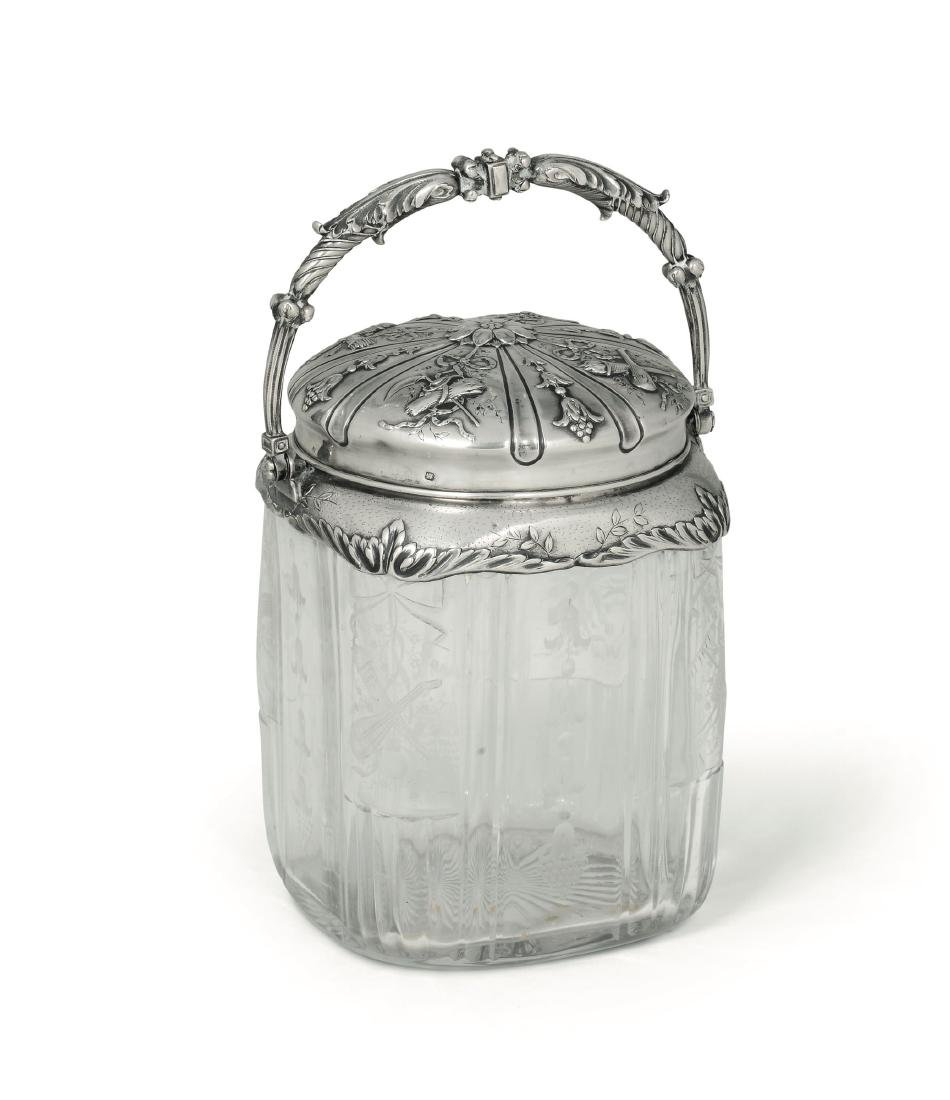 A biscuit jar, France, 19th-20th century