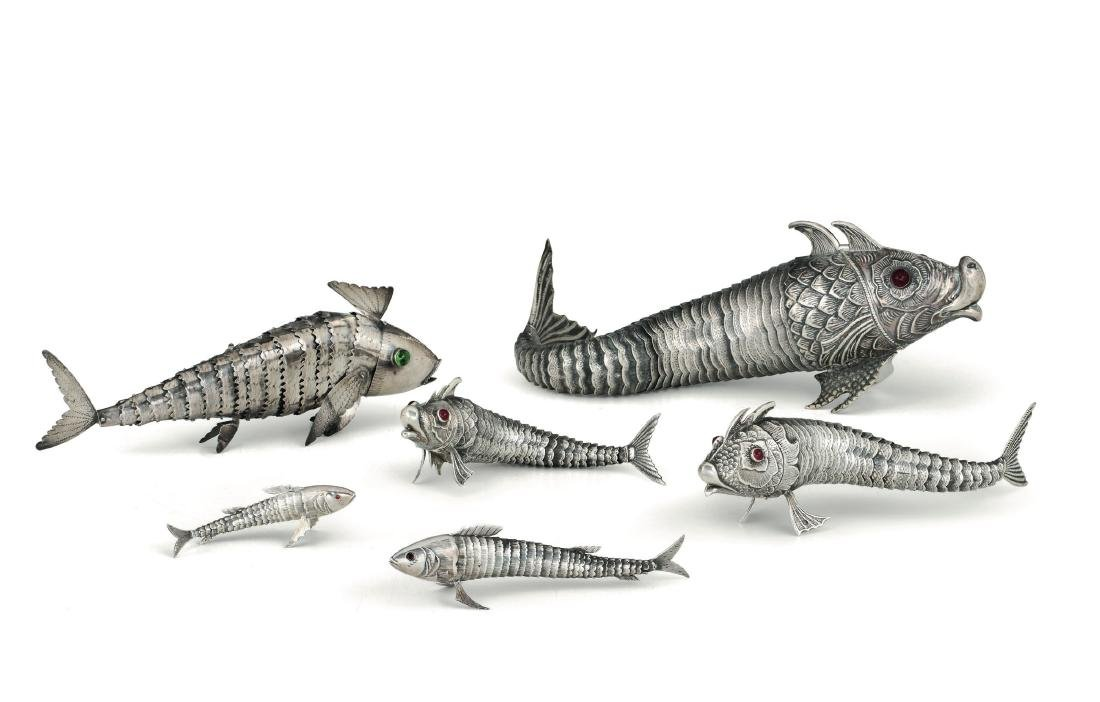 A group of 6 silver spice shakers, 20th century