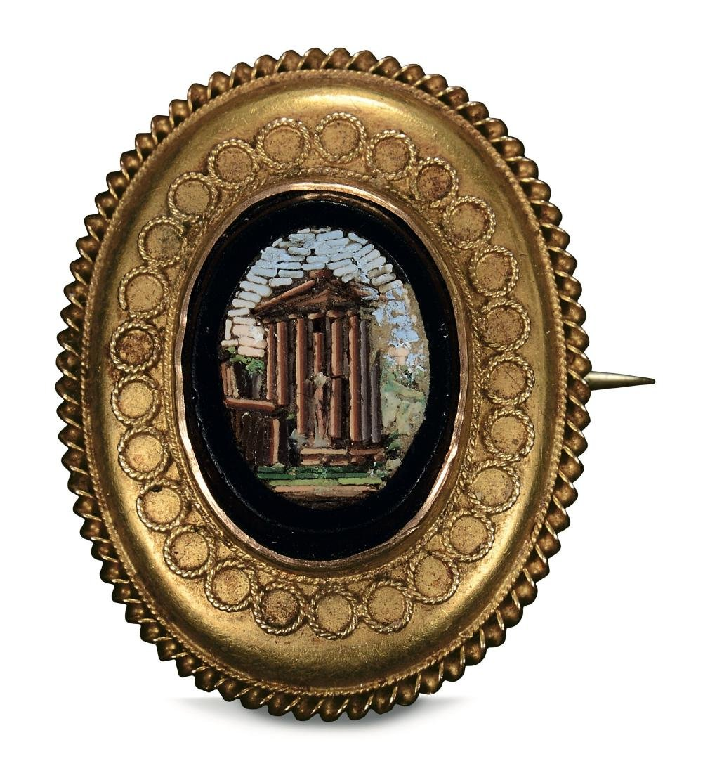 A gold brooch, Rome, 19th century