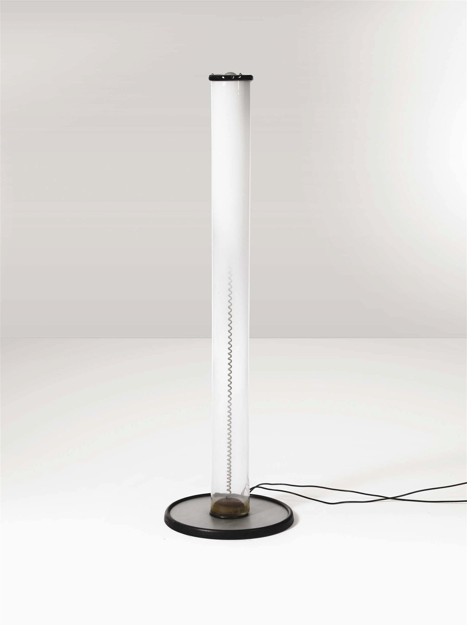 Giusto Toso, a floor lamp with a metal structure and