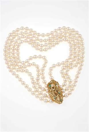Collana a quattro fili di perle coltivate,