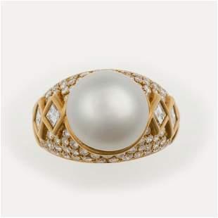 Anello con perla coltivata con diamanti,