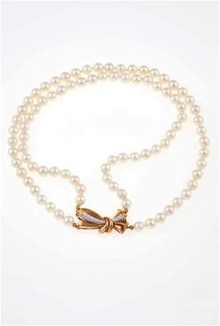 Collana a due fili di perle coltivate,