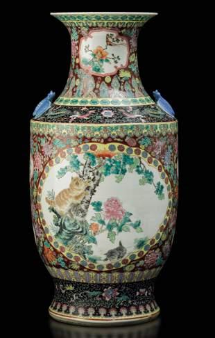 A large porcelain vase, China, Republic, 1900s