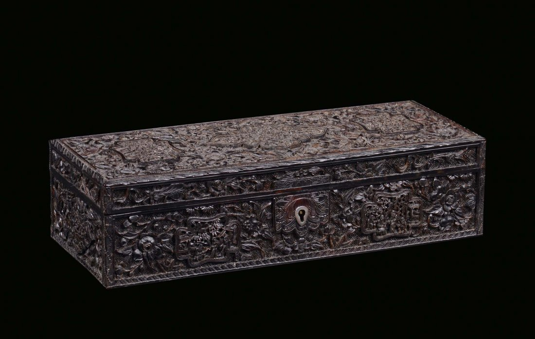 A tortoise box carved with floral motives, China, Canto