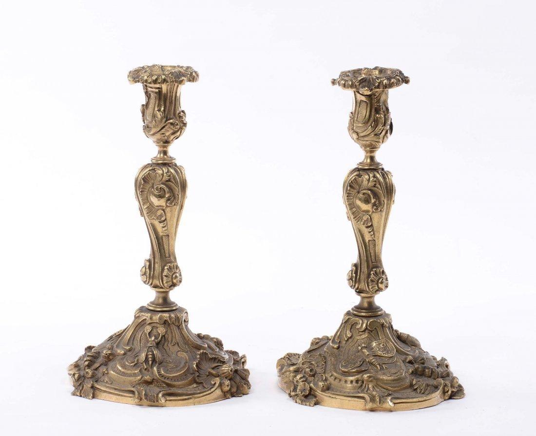 Coppia di candelieri in bronzo dorato, XIX secolo