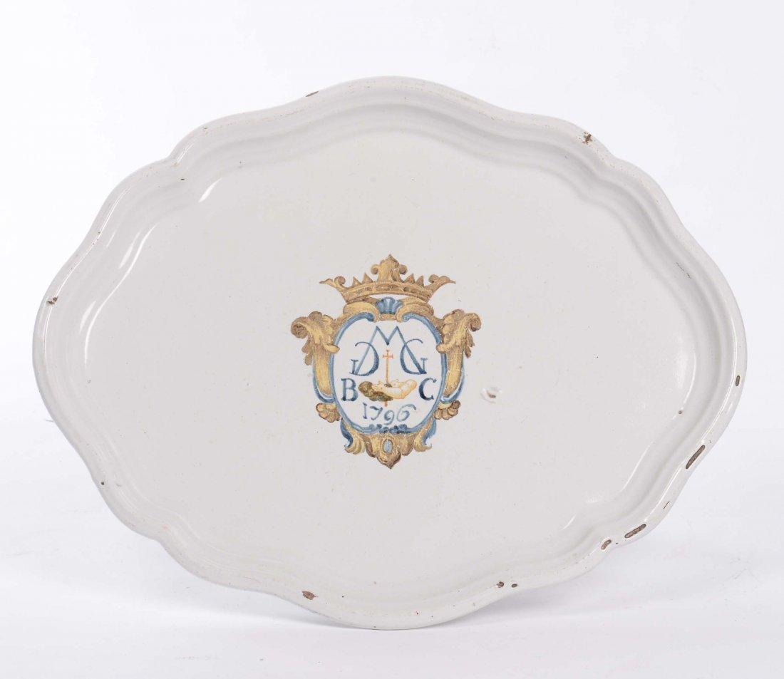 Vassoietto ovale in maiolica, fine XVIII secolo