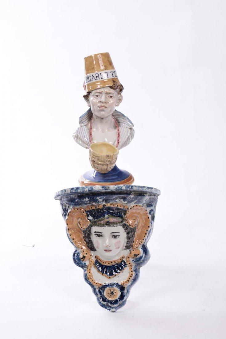 Mensolina e bustino in maiolica policroma, XX secolo