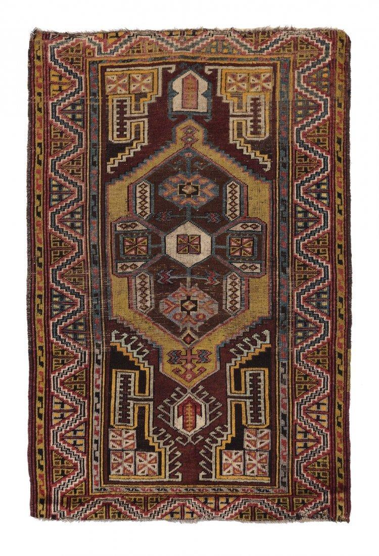 Tappeto anatolico Karapinar, fine XIX secolo