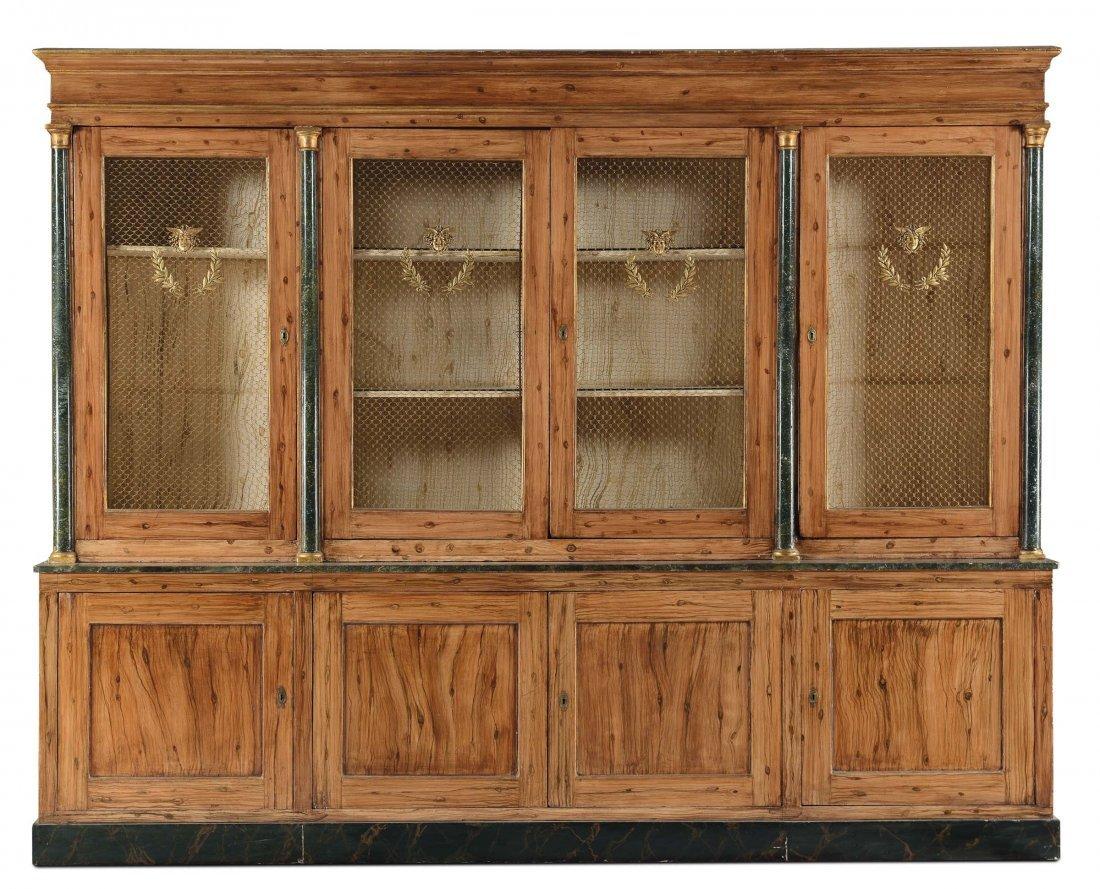Libreria in legno tenero decorata a finto legno,
