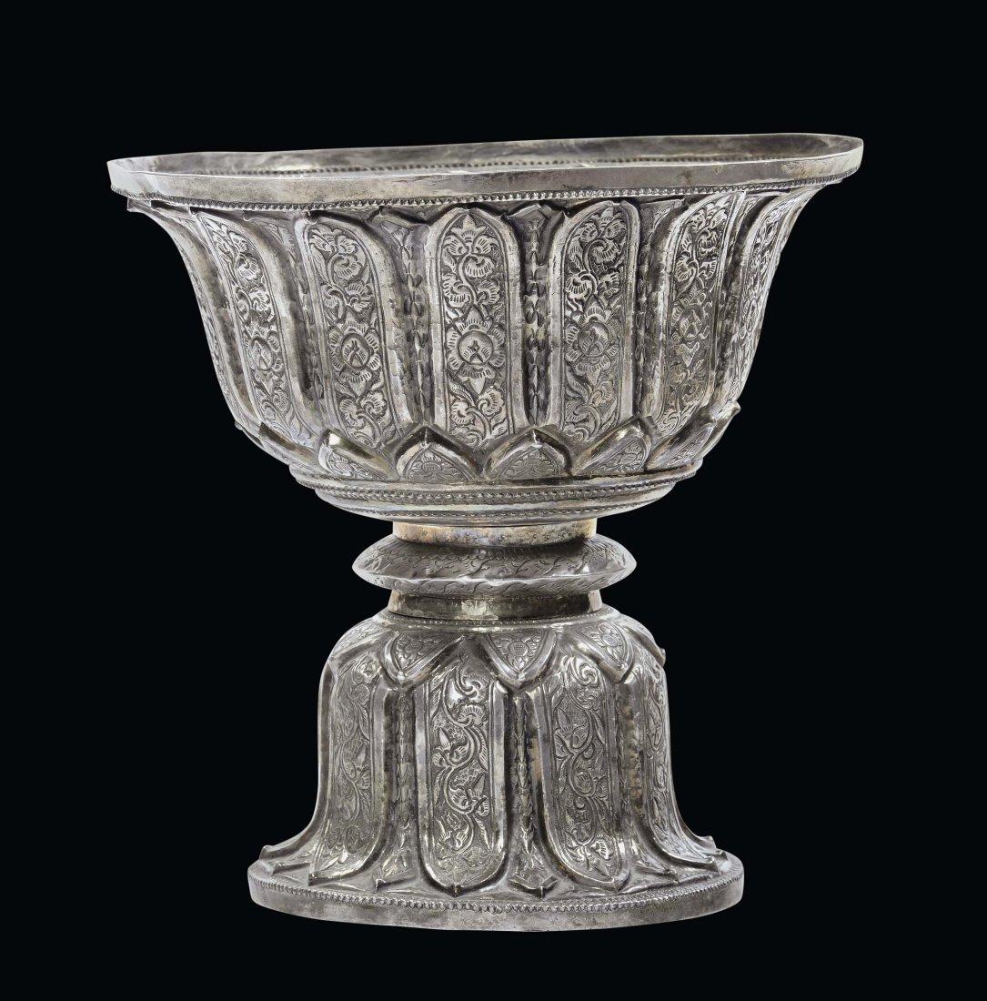 Coppa in argento, Tibet XIX secolo