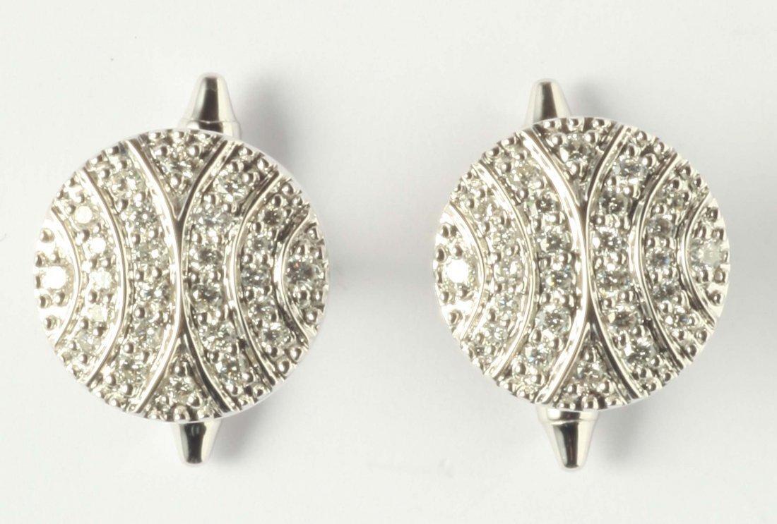 A pair of diamond pavé cufflinks