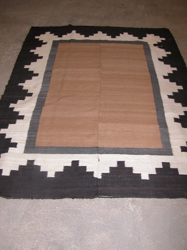 5: SOUTH AMERICAN ALPACA BLANKET. - Approx. 7