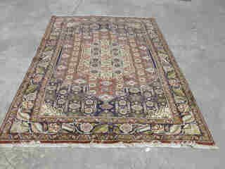 24: SENNAH RUG.  Approx. 8 ft. 7 in. x 5 ft.