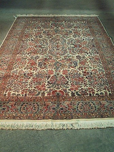 10: KERMAN STYLE RUG, late 20th century. Appr
