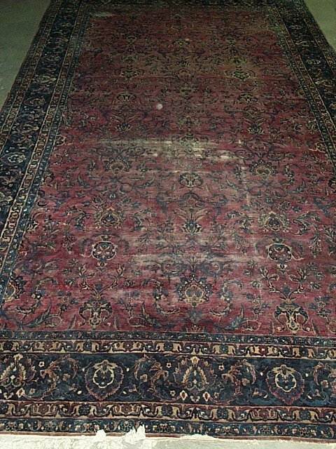 19: SAROUK CARPET, early 20th century. Approx