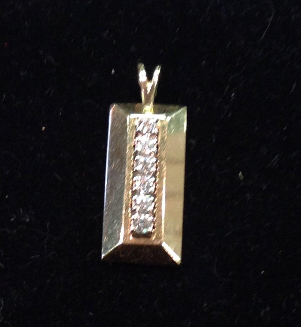 14k Gold Pendant with 6 Diamonds; 4.5g