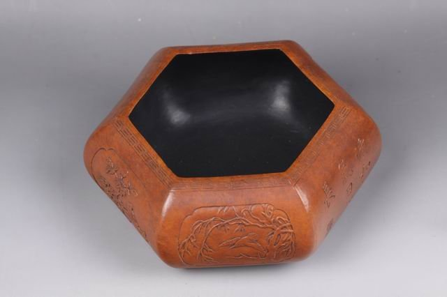 QING CHINESE HEXAGON BIRD FIGURED CONTAINER