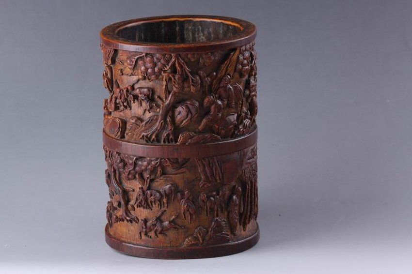 QING BAMBOO CARVED BRUSH POT WITH CHINESE NATURAL VIEW