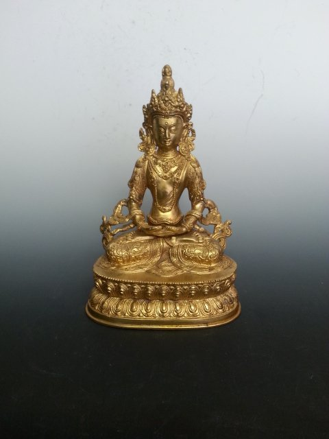 AN TIBET GOLD COLOR BUDDHA