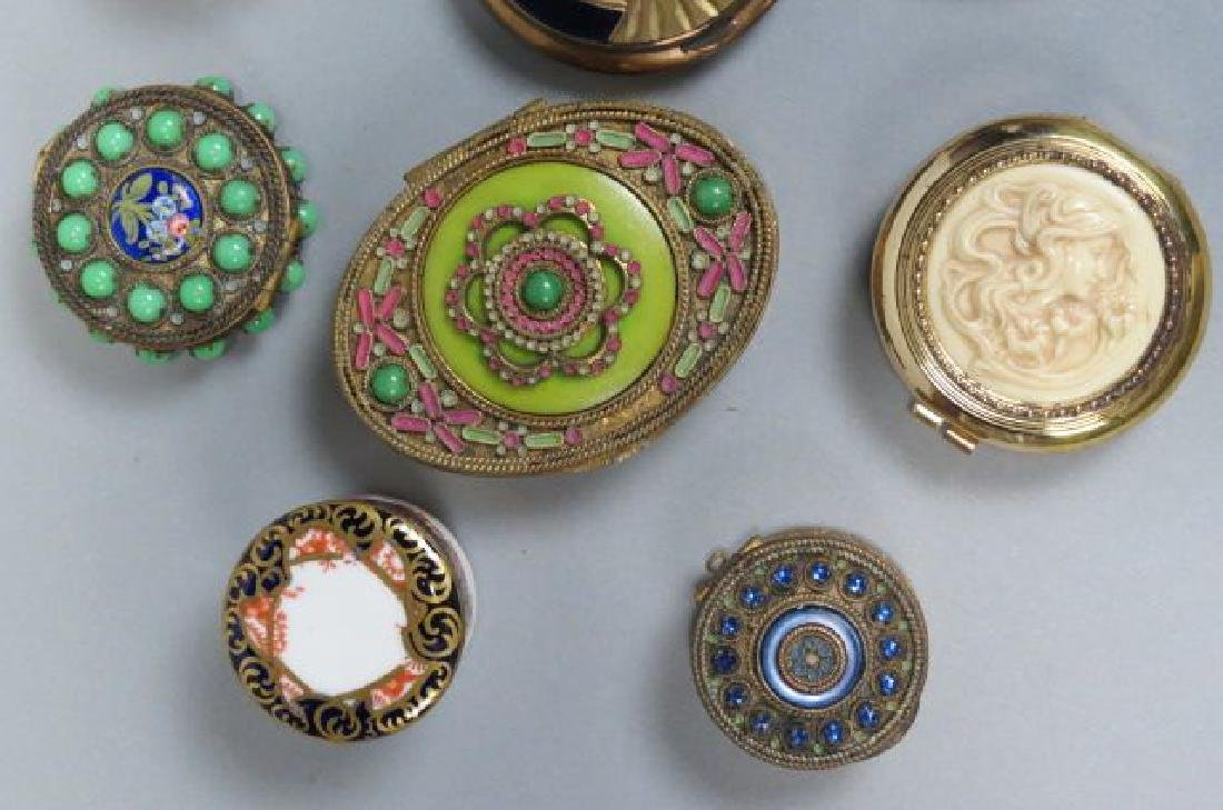 Lot of 10 Vintage Boxes & Compacts, - 3