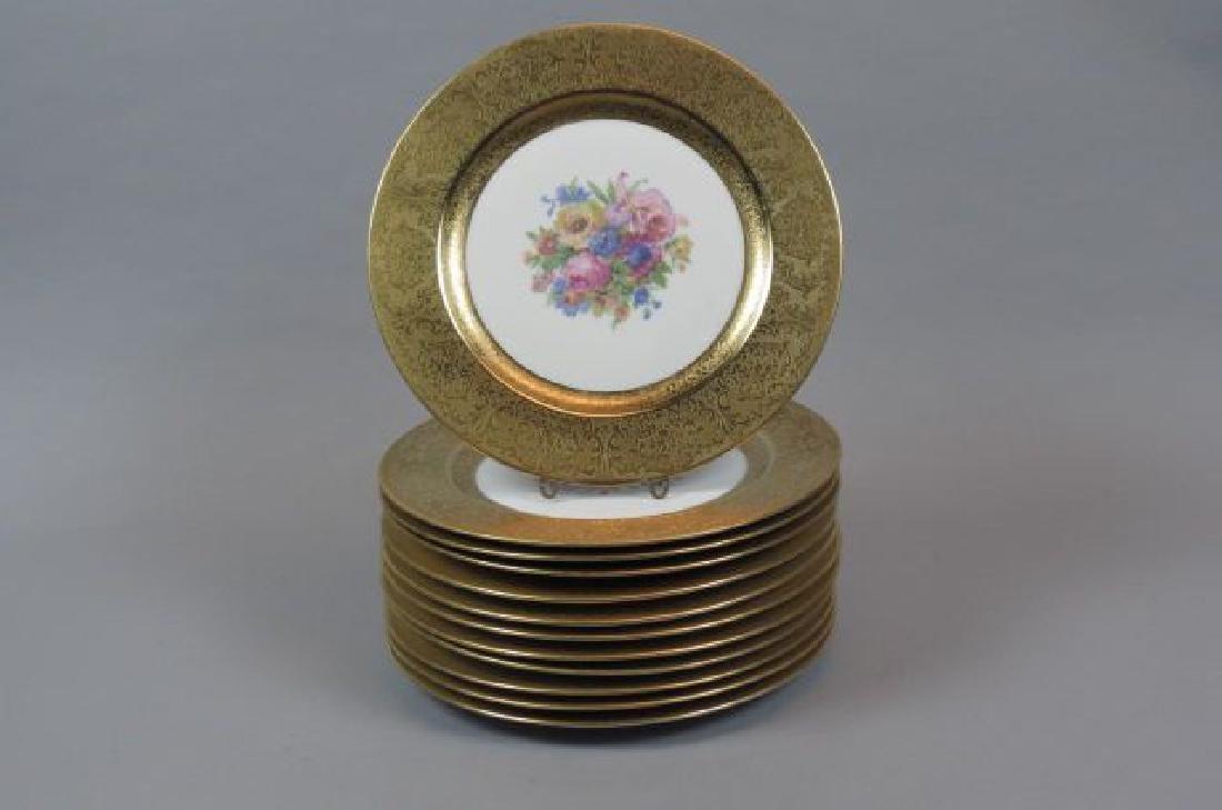 12 Royal Bayreuth Porcelain Service Plates,