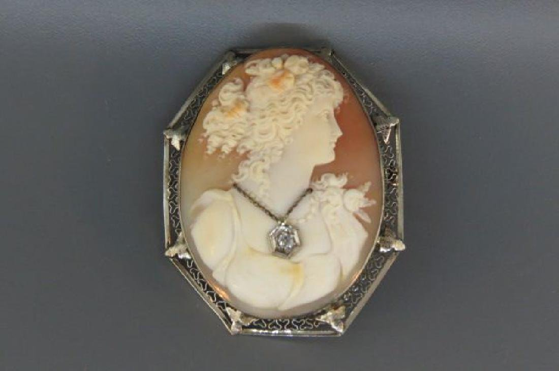 14K Gold Cameo Brooch or Pendant,