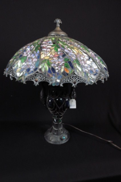 Wisteria Leaded Glass Table Lamp,