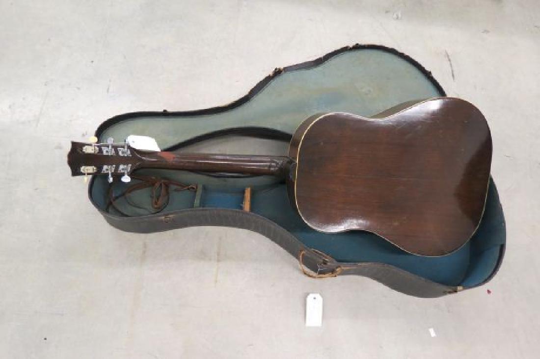 Gibson Guitar, - 4
