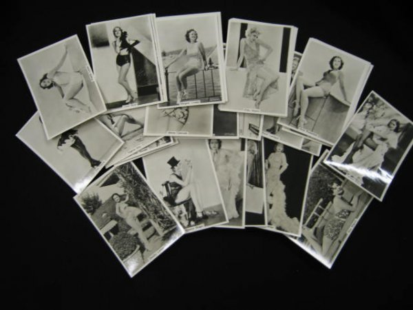 "17: Phillips Cigarette Trade Cards, ""Beauties of Today"""