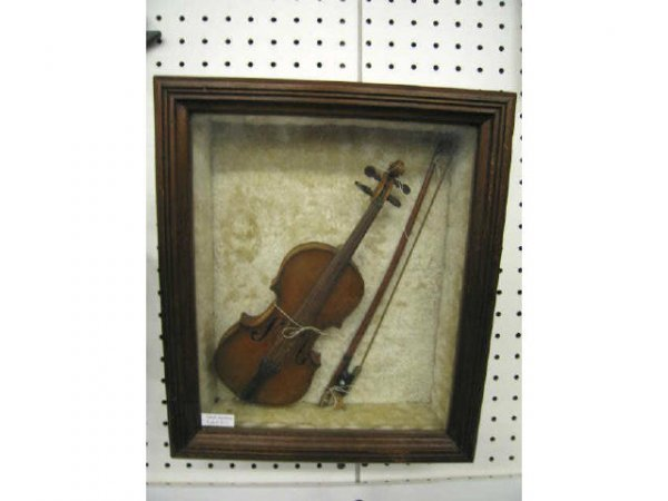 513: Victorian Childs Size Violin & Bow, in shadowbox f