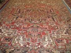 275: Heriz Persian Handmade Room Size Rug, large