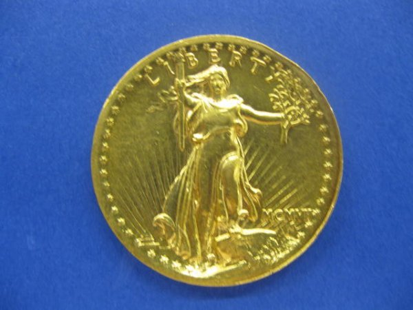 318: 1907 U.S. $20.00 High Relief St. Gaudens Gold Coin