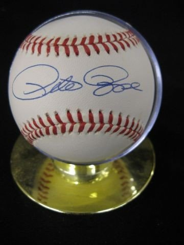389B: Pete Rose Autographed Baseball, with certificate