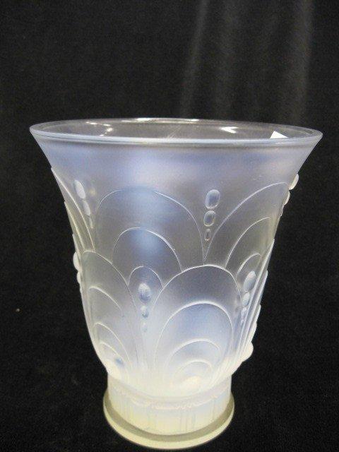 507: Sabino French Opalescent Art Glass Vase,