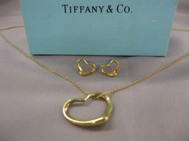 511: Tiffany 18k Gold Necklace & Earrings, heart design
