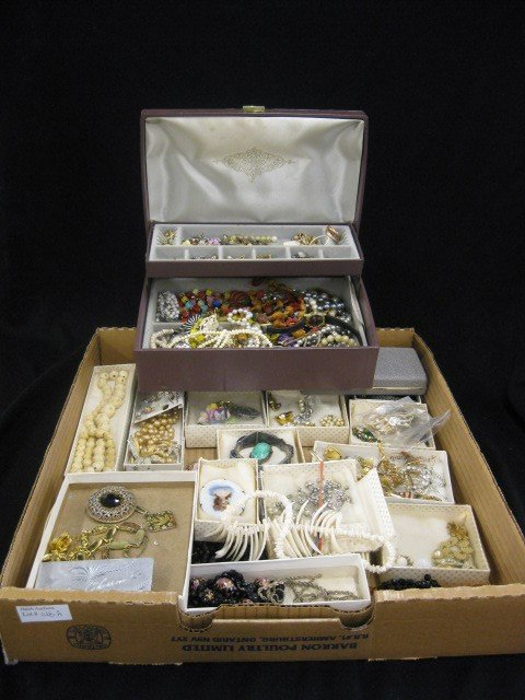 148A: Lot of Costume Jewelry, includes ivory,