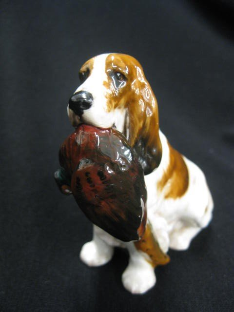 1037: Royal Doulton Figurine of Setter with Pheasant, H - 2
