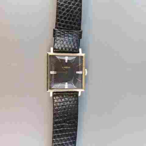 Omega 14k Gold Man's Wristwatch,