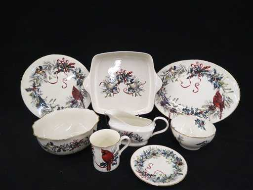 125 pc lenox winter greetings china service lenox winter greetings china service m4hsunfo