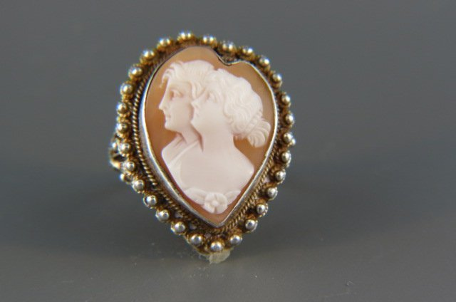 Cameo Ring,