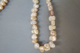 Baroque Pearl Necklace,