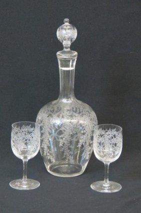 Fine Crystal Decanter & Wine Glasses,
