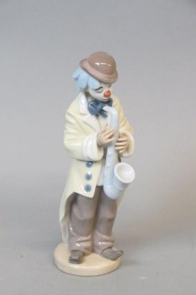 Lladro Porcelain Figurine Of A Clown With