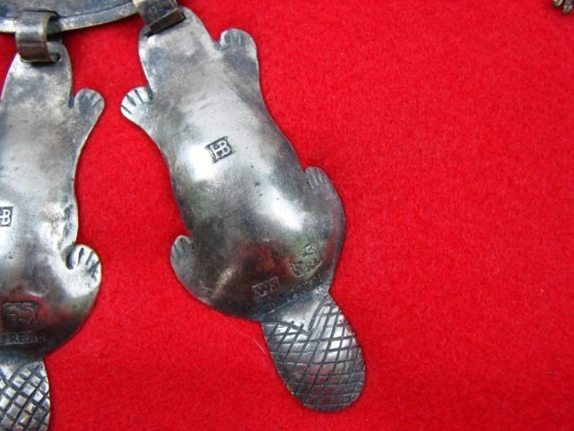 40: Hudson Bay Silver 3 Beaver Gorget Bear Clan Collar - 8